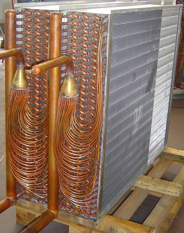 Suministro de dos conjuntos evaporador-condensador para rehabilitación UTA's con función de deshumidificación.